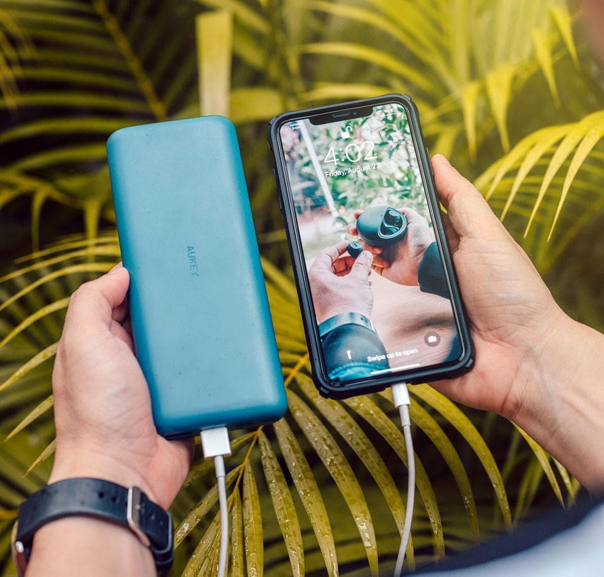 Een powerbank is een must have cadeau voor smartphone-fotograaf