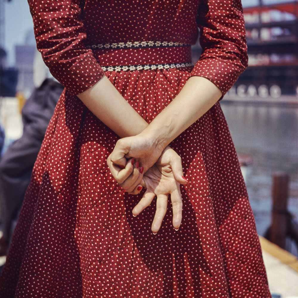 Location unknown, 1956 © Estate of Vivian Maier, Courtesy Maloof Collection and Howard Greenberg Gallery, New York.